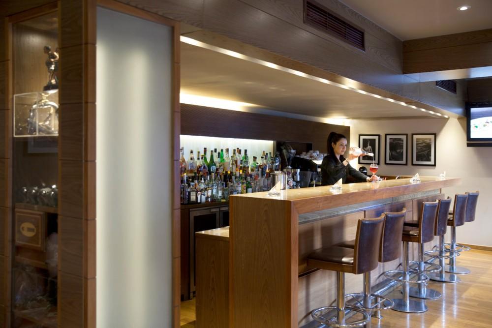 Lazart bar