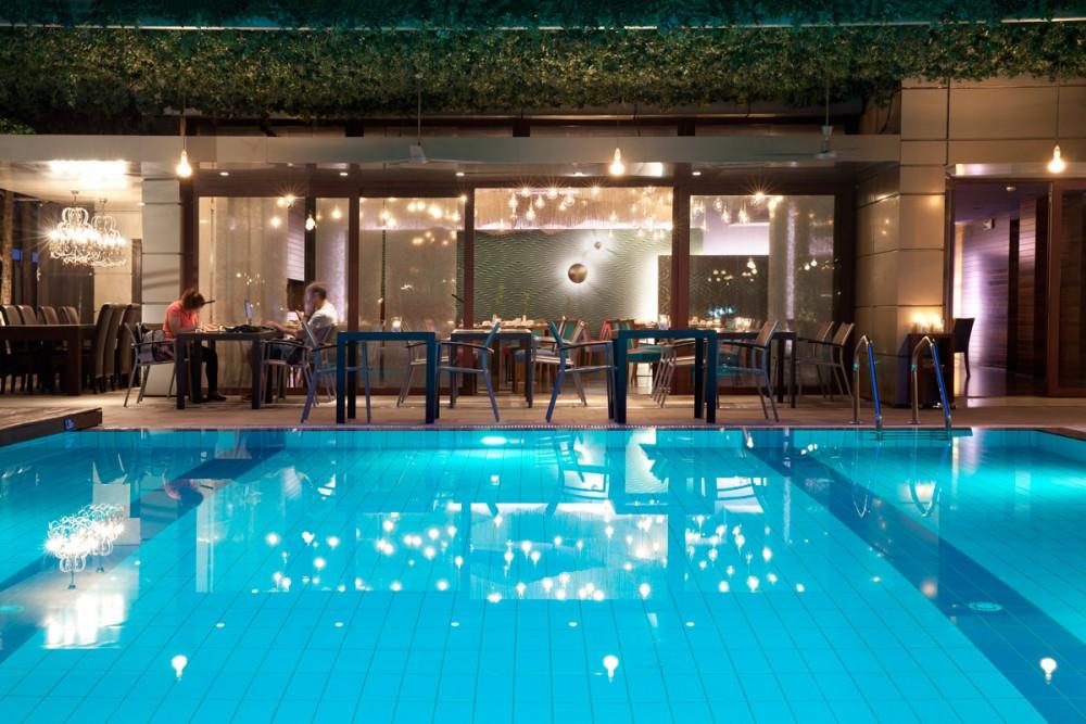 Lazart pool