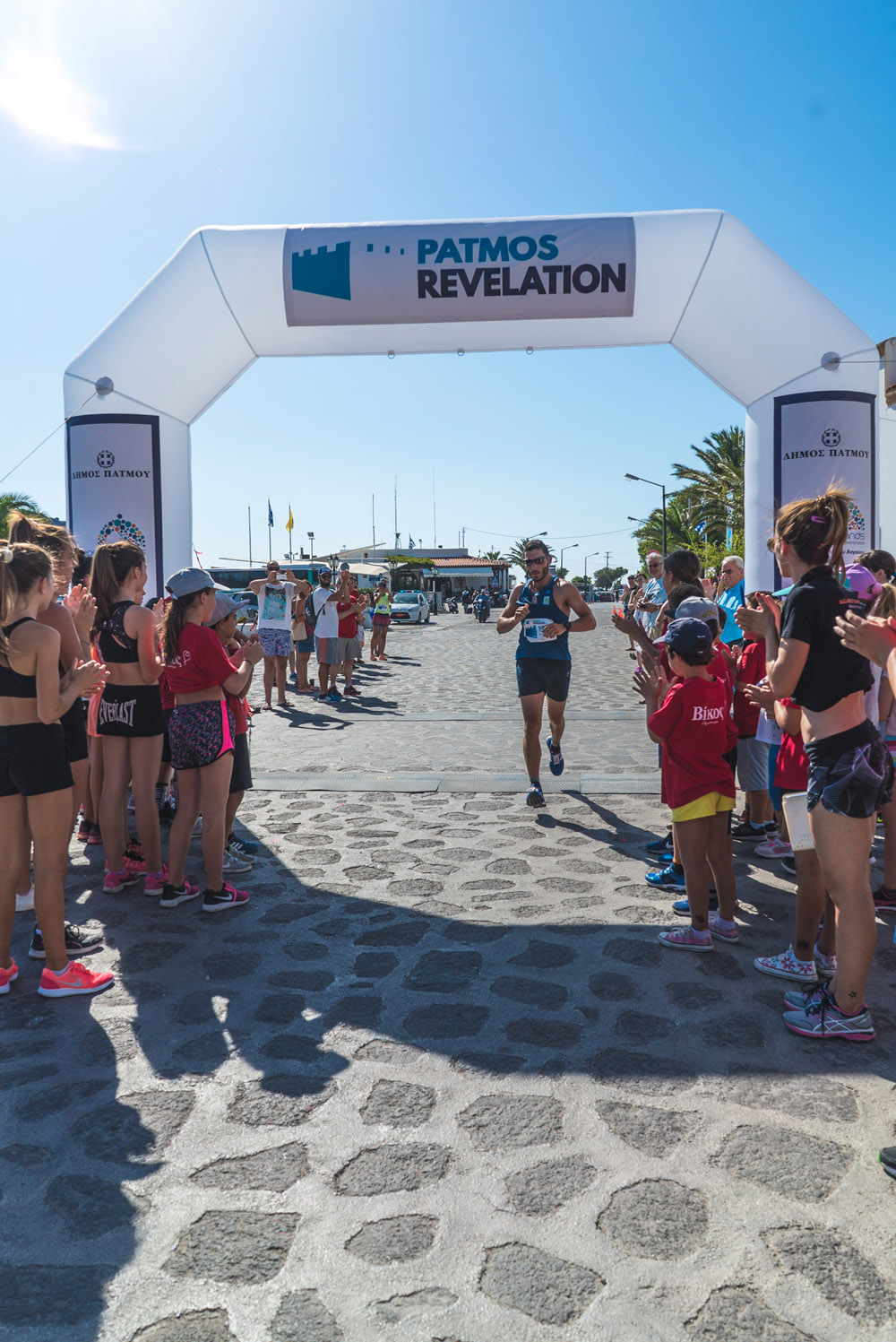 Patmos Revelation Running 4-Michalis Chatziioannou_by Mike Tsolis